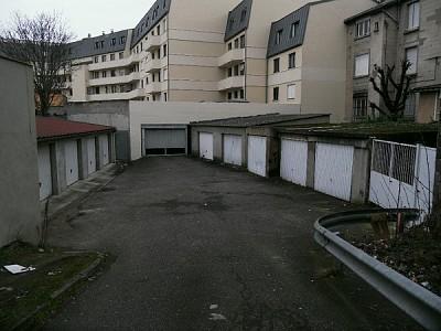 GARAGE A LOUER - ST ETIENNE LA TERRASSE - 60 € charges comprises par mois