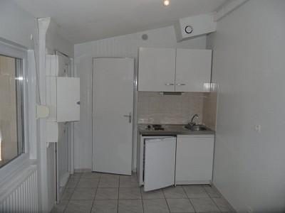 APPARTEMENT T1 A LOUER - ST ETIENNE FAURIEL - 16,5 m2 - 280 € charges comprises par mois