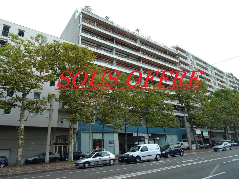 Parking a vendre st etienne fauriel 15000 immobilier st etienne cabinet humbert - Garage occasion saint etienne ...