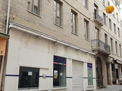 LOCAL COMMERCIAL A LOUER - ST ETIENNE CENTRE VILLE - 750 m2 - Prix : nous consulter
