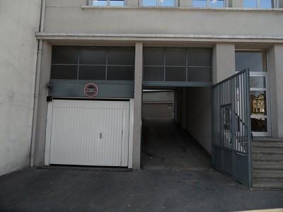 GARAGE A LOUER - ST ETIENNE FOURNEYRON - 15 m2 - 68 € charges comprises par mois