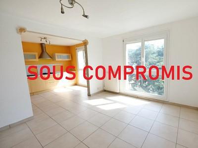 APPARTEMENT T3 A VENDRE - ST ETIENNE BELLEVUE - 64,26 m2 - 75000 €