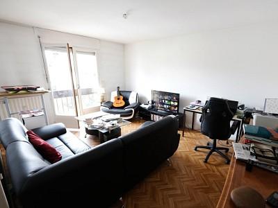 APPARTEMENT T2 A VENDRE - ST ETIENNE BELLEVUE - 49,23 m2 - 42500 €
