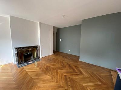APPARTEMENT T2 A LOUER - ST ETIENNE HYPER CENTRE - 52 m2 - 470 € charges comprises par mois