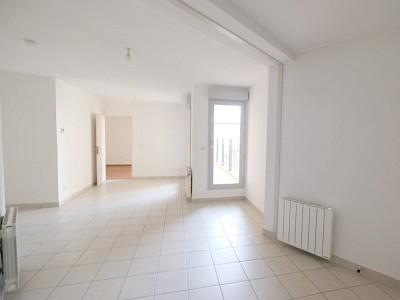 APPARTEMENT T2 A LOUER - ST ETIENNE BADOUILLÈRE - 50 m2 - 505,67 € charges comprises par mois