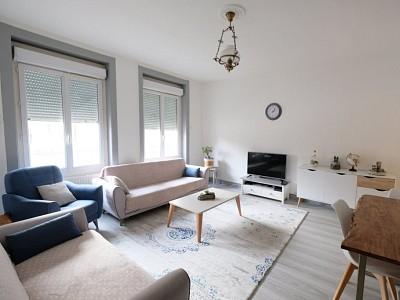 APPARTEMENT T4 A LOUER - ST ETIENNE PLACE JEAN JAURES - 76,6 m2 - 595 € charges comprises par mois