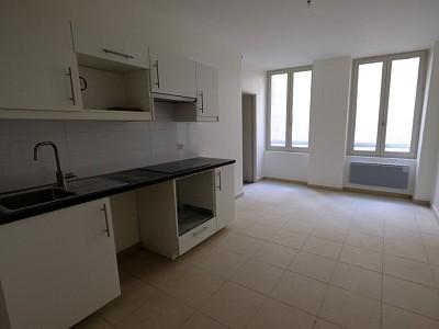 APPARTEMENT T2 A LOUER - ST ETIENNE CENTRE VILLE - 32,02 m2 - 365 € charges comprises par mois