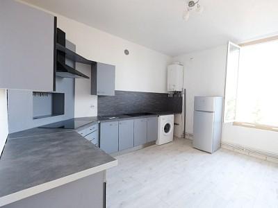 APPARTEMENT T2 A LOUER - ST ETIENNE FAURIEL - 49,65 m2 - 490 € charges comprises par mois