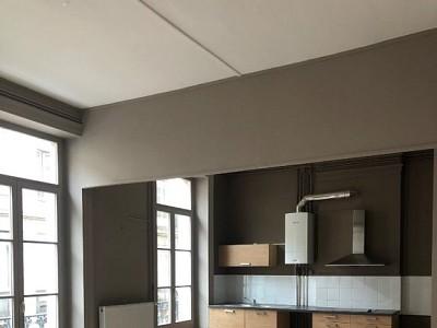APPARTEMENT A LOUER - ST ETIENNE CENTRE VILLE - 99,05 m2 - 760 € charges comprises par mois