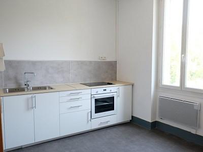 APPARTEMENT T2 A LOUER - ST ETIENNE FAURIEL - 53,87 m2 - 440 € charges comprises par mois