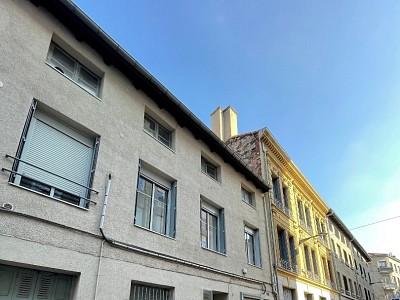 LOCAL COMMERCIAL A LOUER - ST ETIENNE CENTRE VILLE - 50 m2 - 171 € HC par mois