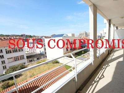 APPARTEMENT T2 A VENDRE - ST ETIENNE CENTRE VILLE - 48,83 m2 - 99000 €