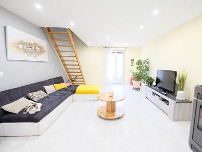 MAISON A VENDRE - UNIEUX - 144 m2 - 349000 €