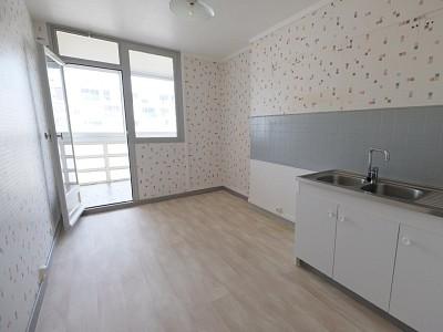 APPARTEMENT T2 A VENDRE - ST ETIENNE BELLEVUE - 56,97 m2 - 55000 €