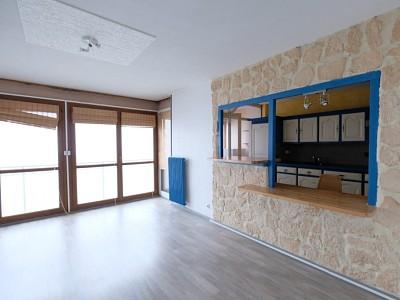 APPARTEMENT T4 A LOUER - VILLARS - 84 m2 - 730 € charges comprises par mois