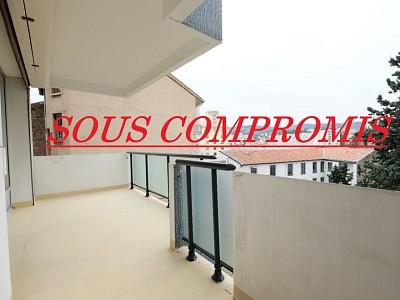 APPARTEMENT T6 A VENDRE - ST ETIENNE FAURIEL - 123,82 m2 - 175000 €