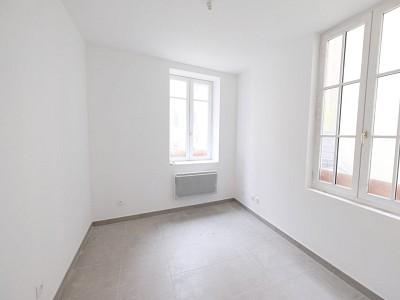 BUREAU A VENDRE - ST ETIENNE CENTRE VILLE - 11,38 m2 - 11000 €
