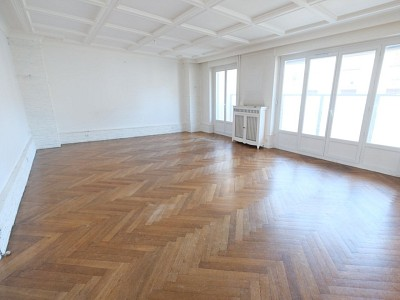 APPARTEMENT T5 A VENDRE - ST ETIENNE CARNOT - 114,78 m2 - 149000 €
