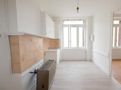 APPARTEMENT T2 A VENDRE - ST ETIENNE FACULTE / CENTRE DEUX - 50,88 m2 - 49000 €