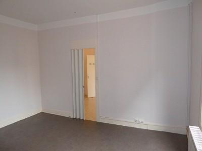 APPARTEMENT T1 A LOUER - ST ETIENNE FACULTE / CENTRE DEUX - 36,4 m2 - 280 € charges comprises par mois