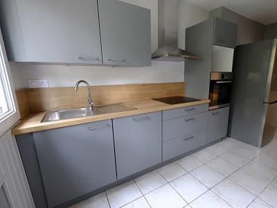 APPARTEMENT T3 A LOUER - ST ETIENNE FAURIEL - 69,27 m2 - 610 € charges comprises par mois