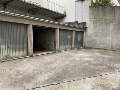 GARAGE A VENDRE - ST ETIENNE FAURIEL - 8000 €