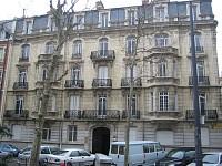 LOCAL COMMERCIAL A LOUER - ST ETIENNE BADOUILLÈRE - 150 m2 - 920 € HC et HT par mois