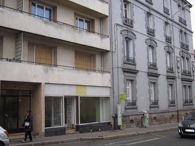 LOCAL COMMERCIAL A LOUER - ST ETIENNE CENTRE VILLE - 75 m2 - 290 € HC par mois
