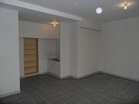 LOCAL COMMERCIAL A LOUER - ST ETIENNE VILLEBOEUF - 32 m2 - 295 € HC et HT par mois