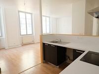 APPARTEMENT T3 A LOUER - ST ETIENNE CENTRE VILLE - 106,42 m2 - 680 € charges comprises par mois