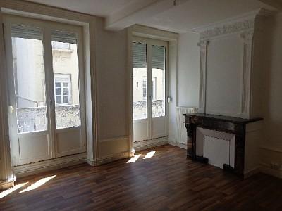 APPARTEMENT T3 A LOUER - ST ETIENNE CENTRE VILLE - 82,72 m2 - 480 € charges comprises par mois