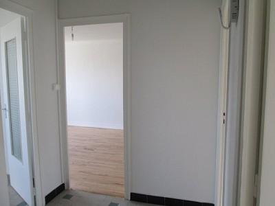 APPARTEMENT T3 A LOUER - ST ETIENNE FAURIEL - 58 m2 - 565 € charges comprises par mois