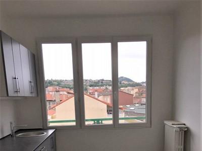 APPARTEMENT T3 A LOUER - ST ETIENNE LE SOLEIL - 76 m2 - 550 € charges comprises par mois