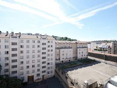 APPARTEMENT T3 A VENDRE - ST ETIENNE FACULTE / CENTRE DEUX - 75,15 m2 - 79000 €