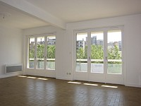 APPARTEMENT T4 A LOUER - ST ETIENNE BERGSON - 70 m2 - 600 € charges comprises par mois