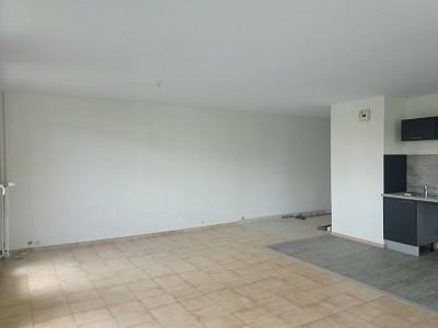 APPARTEMENT T4 A LOUER - ST ETIENNE PARC DE L EUROPE - 77,87 m2 - 640 € charges comprises par mois