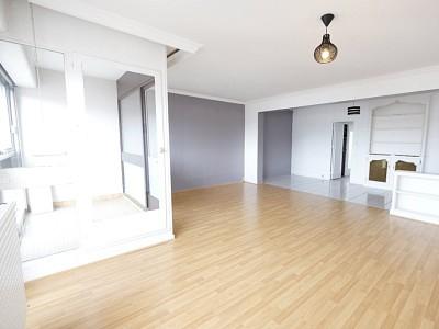 APPARTEMENT T4 A VENDRE - ST ETIENNE BELLEVUE - 80,42 m2 - 70000 €
