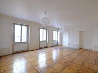 APPARTEMENT T5 A LOUER - ST ETIENNE CENTRE VILLE - 148,23 m2 - 795 € charges comprises par mois