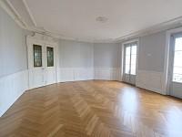 APPARTEMENT T5 A LOUER - ST ETIENNE CHATEAUCREUX - 195,95 m2 - 940 € charges comprises par mois