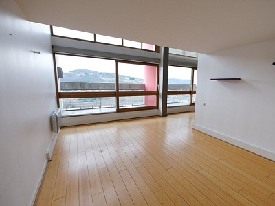 APPARTEMENT T5 A VENDRE - FIRMINY - 117,92 m2 - 87 000 €