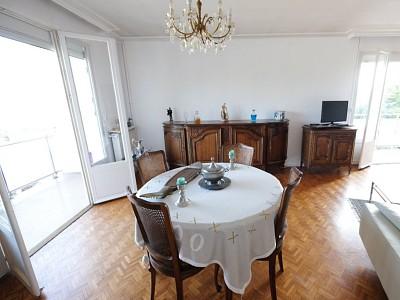 APPARTEMENT T5 A VENDRE - ST ETIENNE FAURIEL - 105,91 m2 - 89000 €