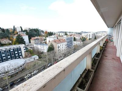 APPARTEMENT T7 A VENDRE - ST ETIENNE FAURIEL - 173,21 m2 - 179000 €