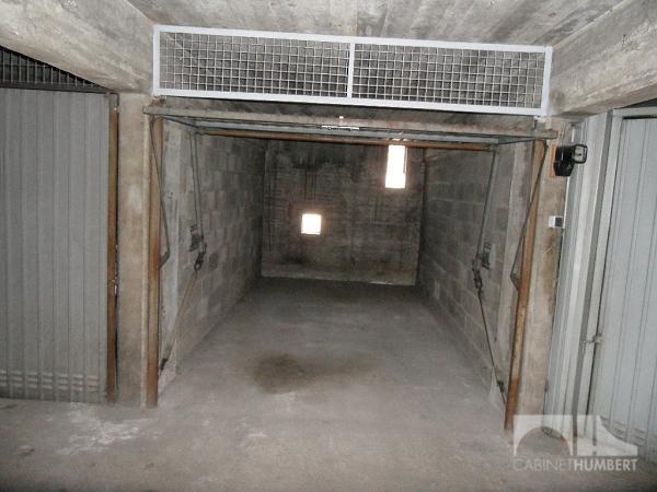 Garage a louer st etienne fauriel 1 m2 44 charges for Garage saint etienne