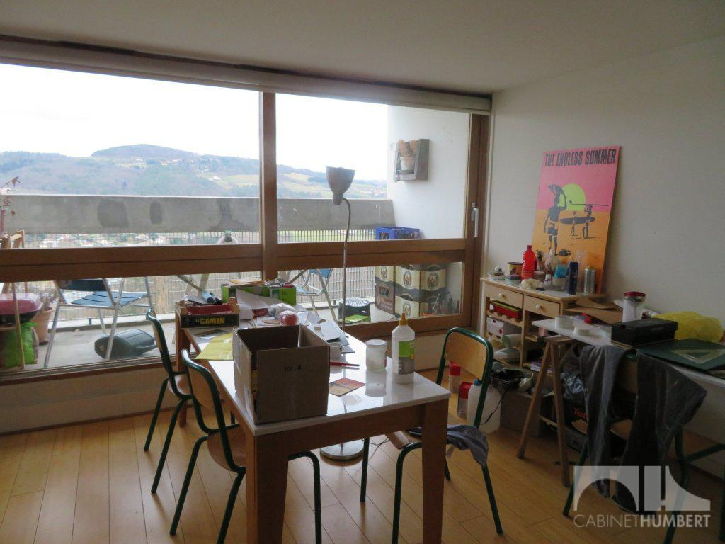 APPARTEMENT T2 A VENDRE - FIRMINY - 67,68 m2 - 61 000 €