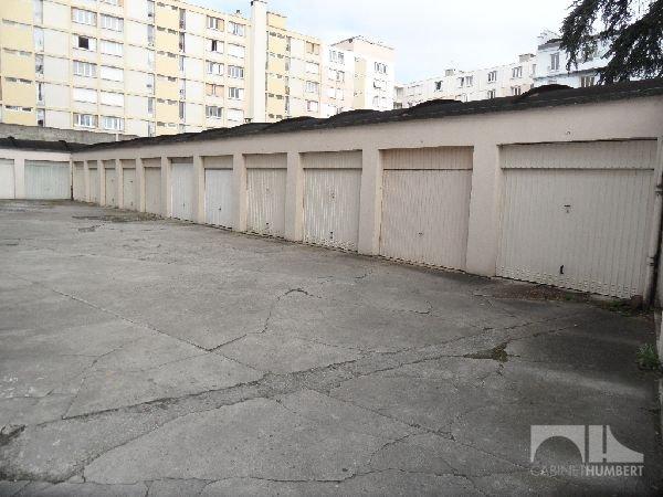 GARAGE A LOUER - ST ETIENNE CENTRE VILLE - 62 € charges comprises par mois