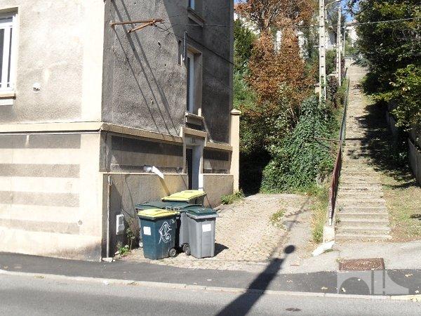 Garage a louer st etienne 40 charges comprises par mois immobilier st etienne cabinet - Location garage saint etienne ...