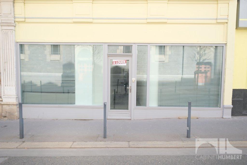 LOCAL COMMERCIAL A LOUER - ST ETIENNE SECTEUR JEAN JAURES - 84 m2 - 650 € HC par mois