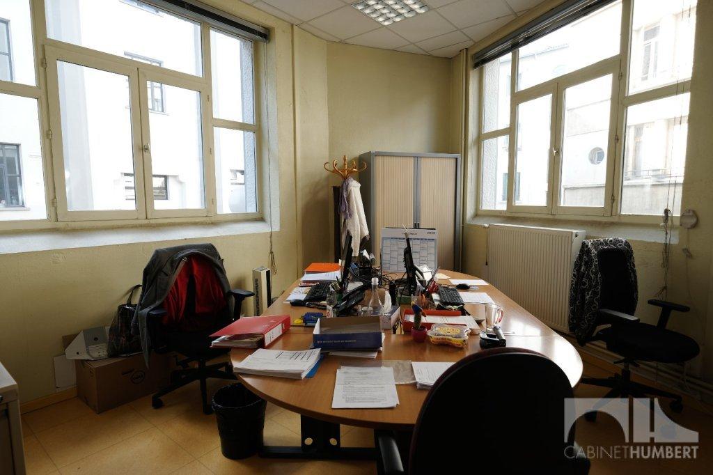 LOCAL D ACTIVITE A VENDRE - ST ETIENNE BELLEVUE - 267,12 m2 - 163000 €
