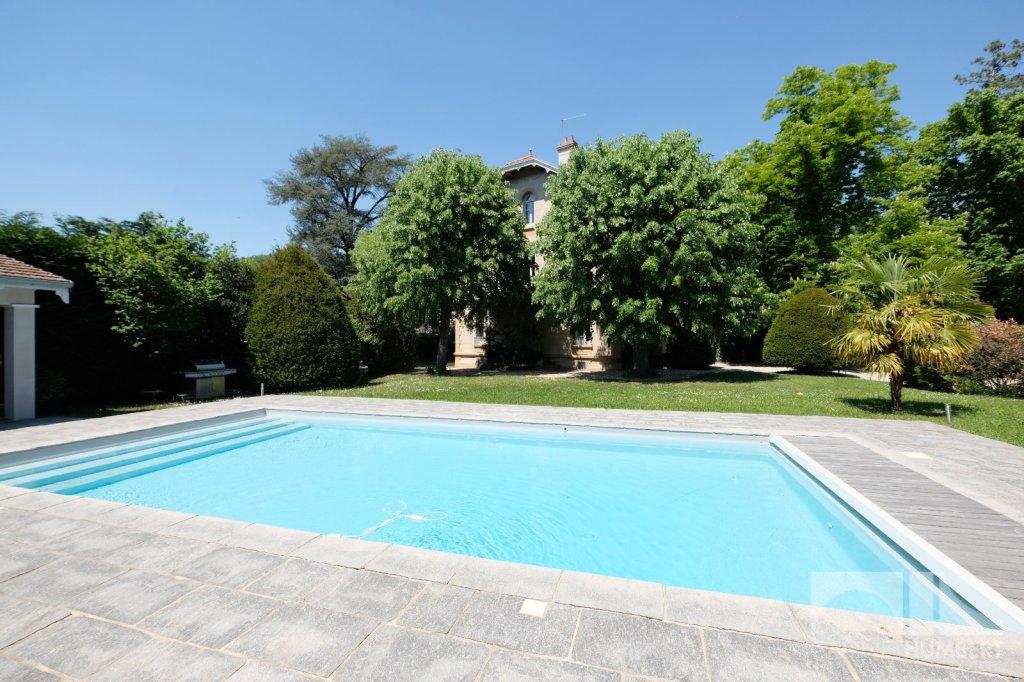 MAISON A VENDRE - ST ETIENNE FAURIEL - 275 m2 - 749000 €