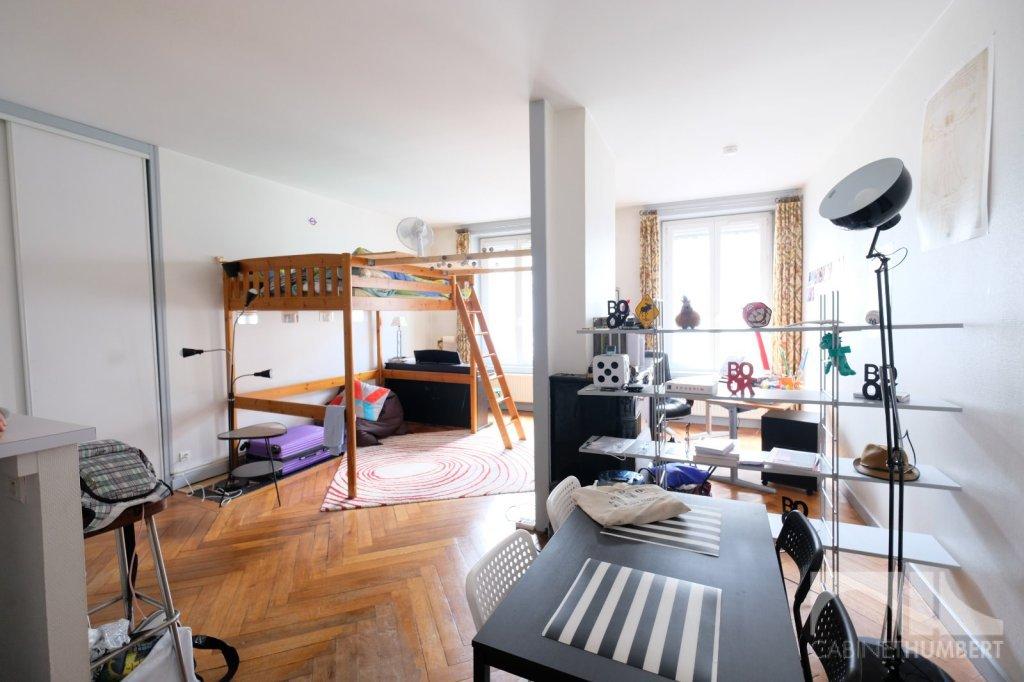 APPARTEMENT T1 A LOUER - ST ETIENNE CENTRE VILLE - 41 m2 - 360 € charges comprises par mois